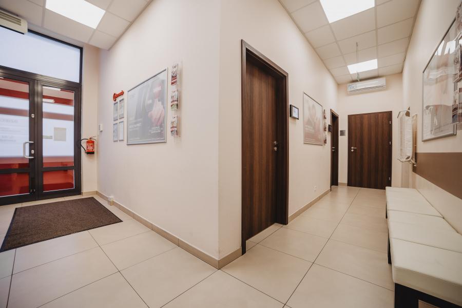 Przychodnia CMP Piaseczno–Pawia - poczekalnia